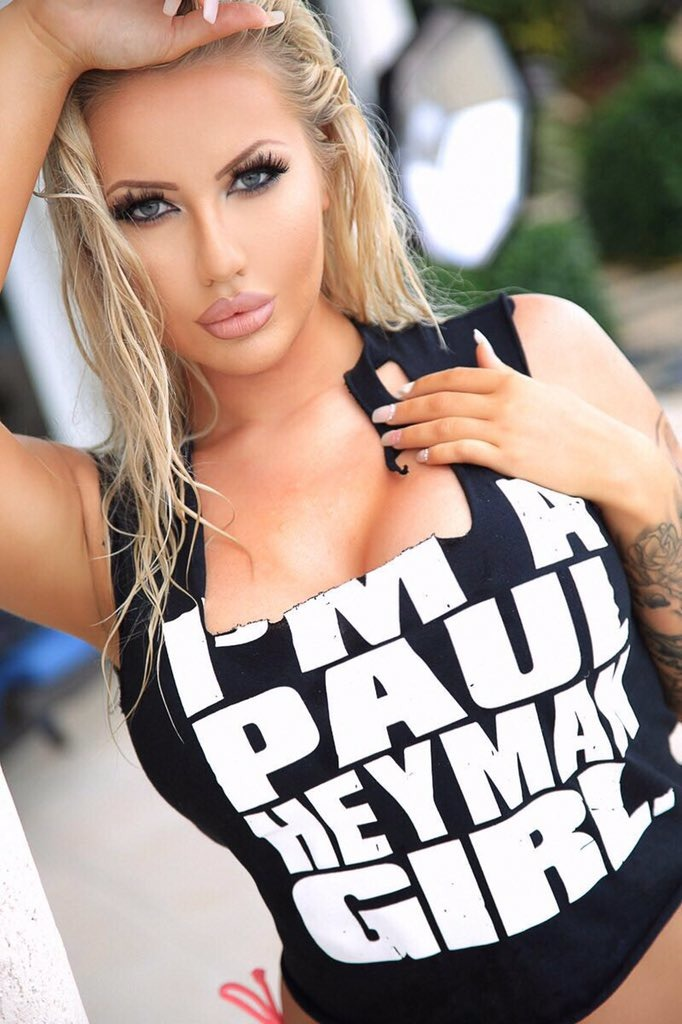Jessica Jensen blonde babe wearing a black and white tee shirt